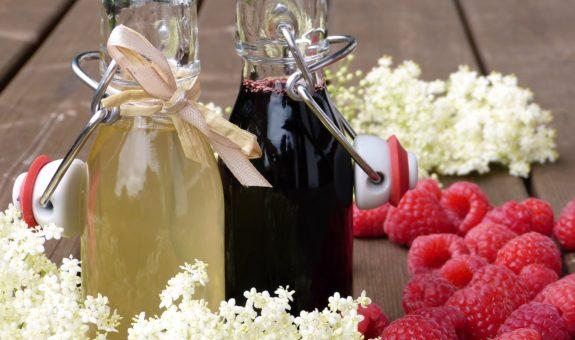 Sirup selber machen - die perfekte Erfrischung für Frühlings- und Sommertage