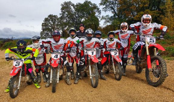 Von geschenkidee.ch getestet: Motocross fahren bei der MX Academy Schweiz