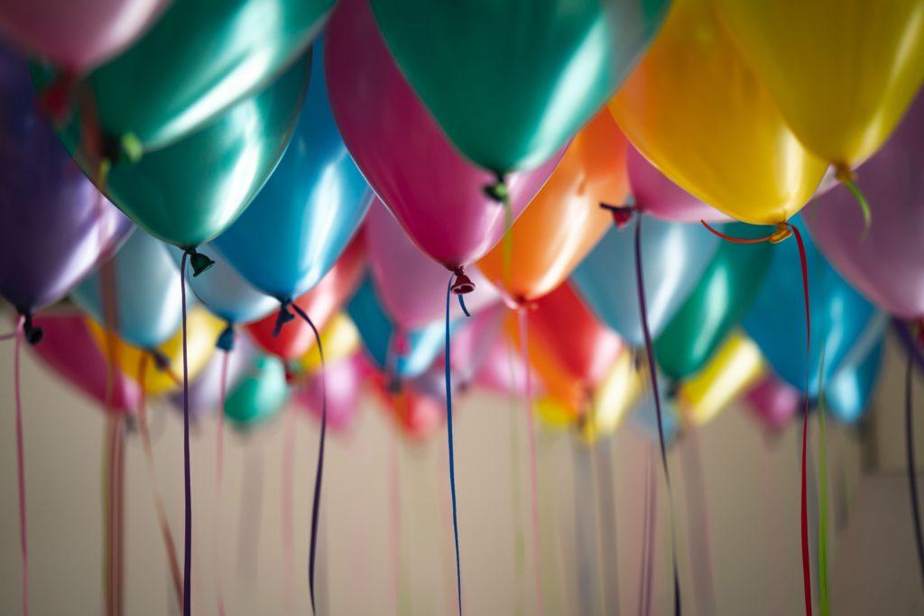 Persönliche Geburtstagswünsche lassen jedes Herz höher schlagen.